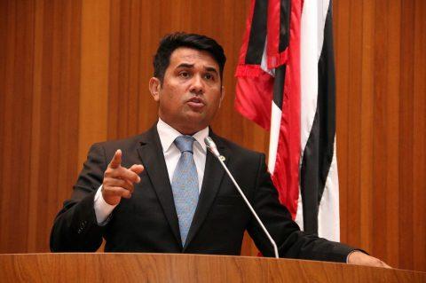 Deputado Wellington vota a favor do povo e contra o aumento de imposto no Maranhão