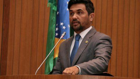 Deputado Wellington solicita Plano Emergencial de Recuperação Asfáltica para avenidas de São Luís