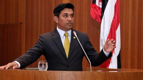 """""""A população precisa se aproximar das decisões políticas"""", diz Wellington sobre seu Projeto de Iniciativa Popular"""