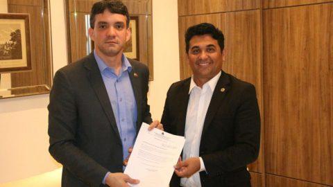 Projeto do deputado Wellington que proíbe apreensão de veículo por IPVA atrasado recebe apoio da OAB/MA