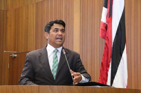 Deputado Wellington repudia corte de R$ 9,3 milhões na educação e gasto exagerado com propaganda no Governo Flavio Dino