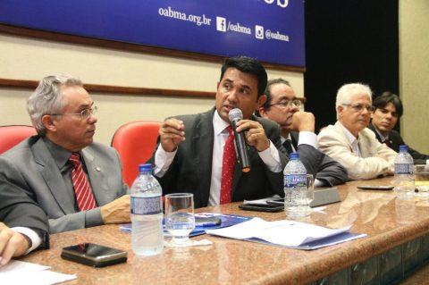 """""""Por que o Governador não tirou os mais de R$ 60 milhões da propaganda ao invés de retirar dos aposentados do Maranhão?"""", questiona deputado Wellington"""