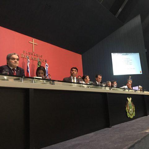 Deputado Wellington defende políticas públicas educacionais para índios durante reunião do Parlamento Amazônico em Manaus