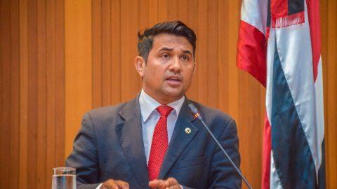 Deputado Wellington cobra bom senso do Governador Flávio Dino e solicita que provas da PM continuem sendo em janeiro