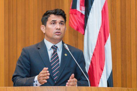 Deputado Wellington denúncia descaso e varias irregularidade com terceirizados contratados na SEDUC