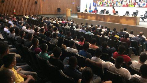 """""""Nomear os aprovados no concurso da PMMA não é favor"""" diz deputado Wellington ao defender os mais 1.800 alunos do CFSD"""