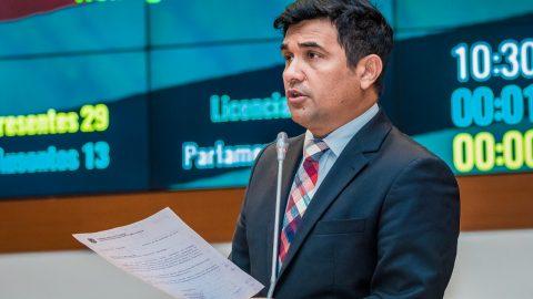 Deputado Wellington solicita retirada de cláusula de barreira do edital do concurso da Polícia Civil