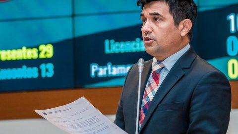 Deputado Wellington oficia Alumar e Secretaria de Meio Ambiente para que prestem esclarecimentos sobre lagoas de resíduos no Maranhão