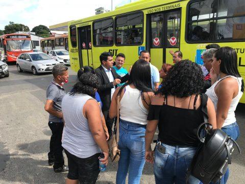 Deputado Wellington comprova mentiras e constata que vários cobradores de ônibus já foram demitidos e motoristas estão sobrecarregados