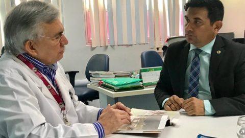 Wellington do Curso conhece estrutura de gestão do HU-UFMA e afirma ser possível implantação semelhante em hospitais de São Luís