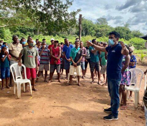 Deputado Wellington volta a se reunir com trabalhadores rurais de Riacho Grande em Mirador